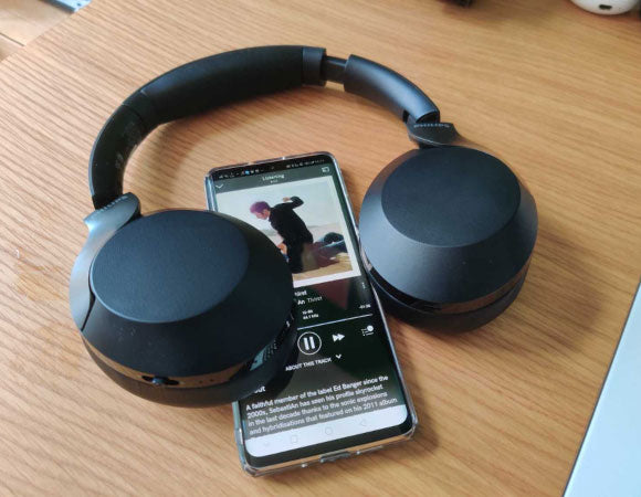 Headphone-Zone-Philips-TAPH802-805