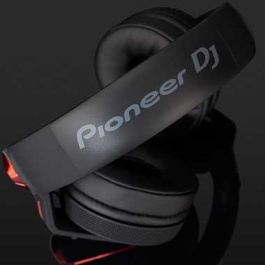 Headphone-Zone-Pioneer-HDJ-700