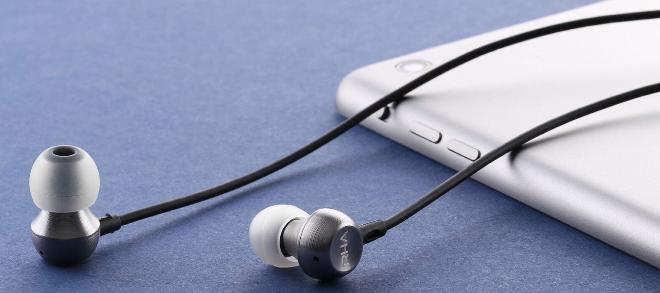 Earphones with Mic for Android & iPhone Online in India - Headphone Zone
