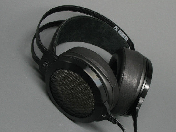 Fully-Adjustable-Earpads
