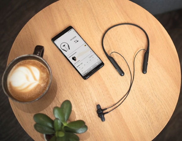 Headphone-Zone-Sony-WI-C600N