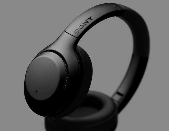 Headphone-Zone-Sony-WH-XB900N