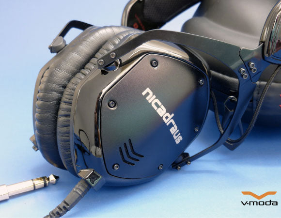 Headphone-Zone-v-moda-laser-engraving