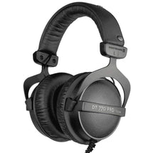 Beyerdynamic - DT 770 PRO vs competitors