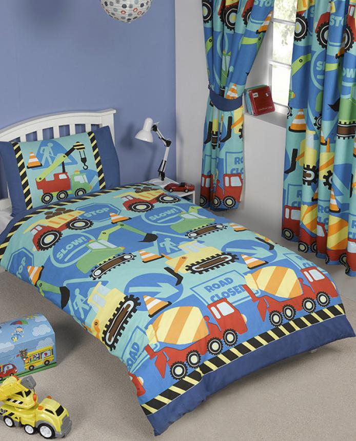CONSTRUCTION TIME ~ Toddler/Cot Bed Quilt Cover Set