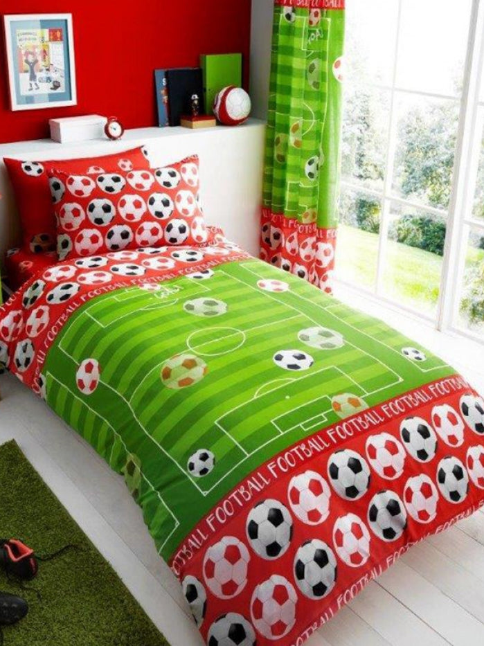SOCCER ~ 'Red Pitch' Single Bed Quilt Cover Set