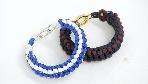 How to Make a Ladder Paracord Bracelet