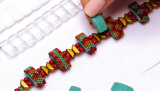 How to Cover a Carrier Bead in Peyote Bead Weaving