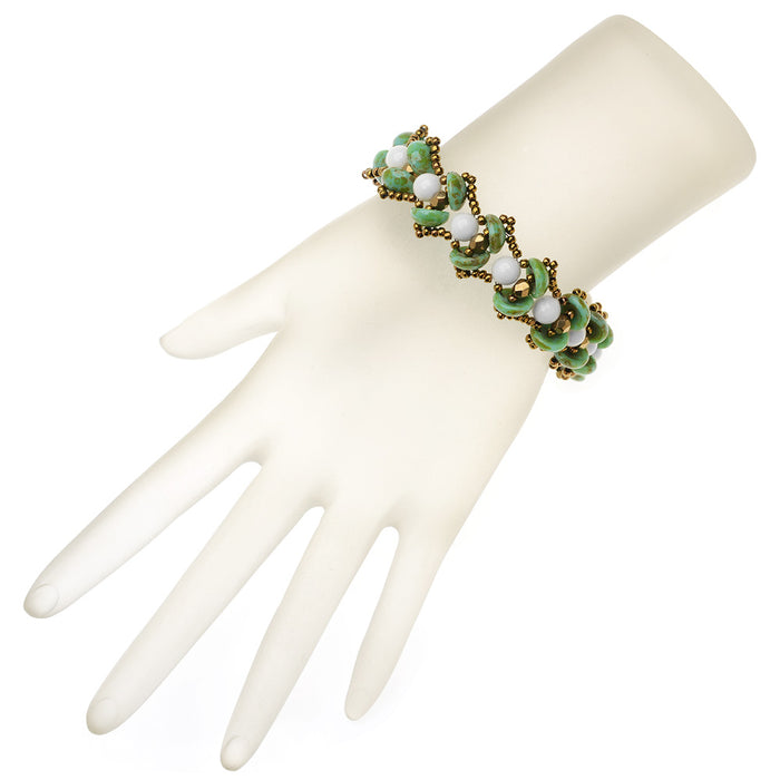 Water Lily Bracelet in Green