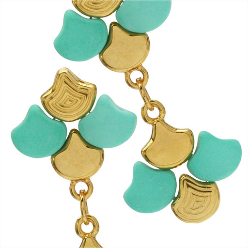 Graceful Ginko Earrings in Mint