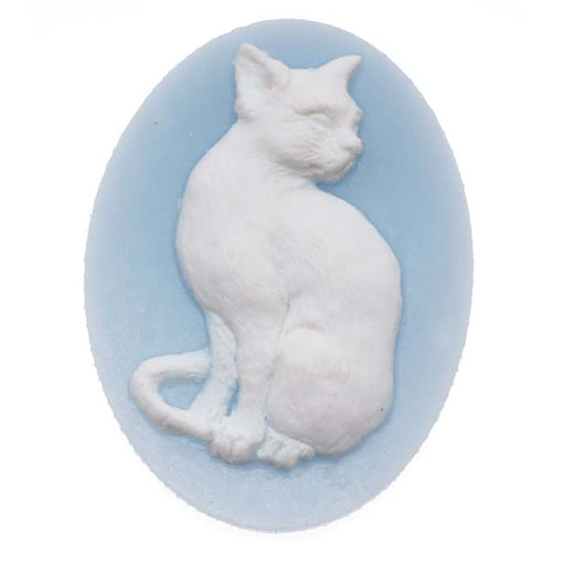 Vintage Style Lucite Oval Cameo Blue With White Cat 40 x 30mm (1)