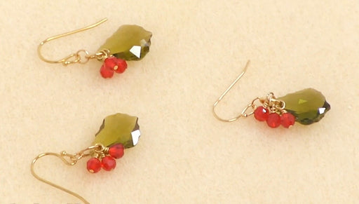 Instructions for Making the Holly Berry Earring Kit