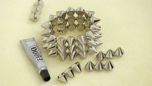 Instructions for Making the Wide Spiked Bracelet Kit