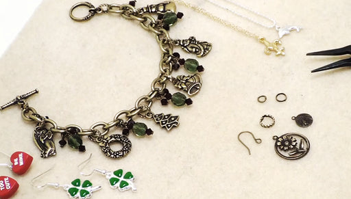Just Bead It! Quick and Easy Jewelry: Charms