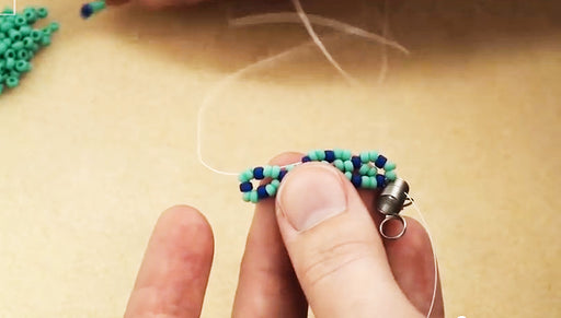 How to do Horizontal Netting Stitch in Beadweaving