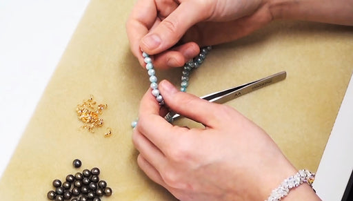 How to Do Pearl Knotting Using Tweezers