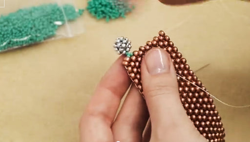 How to Attach a Button and Loop Clasp to Your Beadweaving