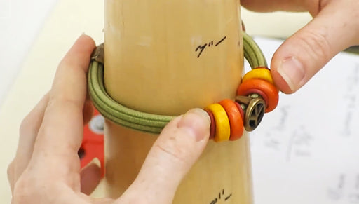 How to Measure and Assemble a Regaliz Corduroy Rubber Bracelet