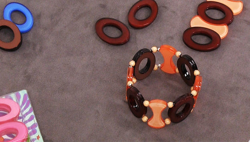 How to Make an Embellished Stretch Bracelet by Fernando DaSilva