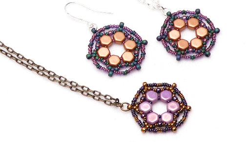 How to Bead Weave a Pendant with the Toho Demi Rounds and 2-Hole Honeycomb Beads