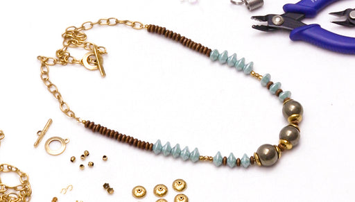How to Make a Strung Necklace