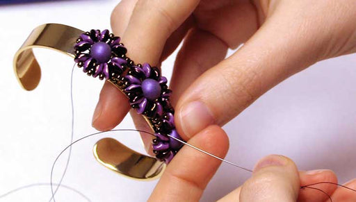 How to Attach a Bead Woven Focal to a CenterLine Cuff