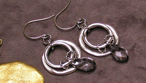 How to Make the Geneva Earrings with Nunn Design Organic Hoops