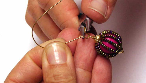 How to Add Rows of Seed Beads to Wood Beads
