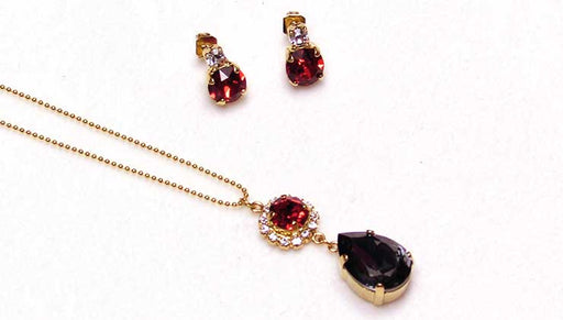 Quick & Easy DIY Jewelry: Hint of Crimson Necklace and Earring Set