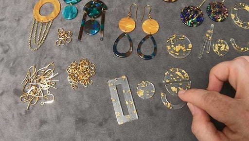 How to Mix and Match Vintage Style Acetate to Create Trendy Earrings