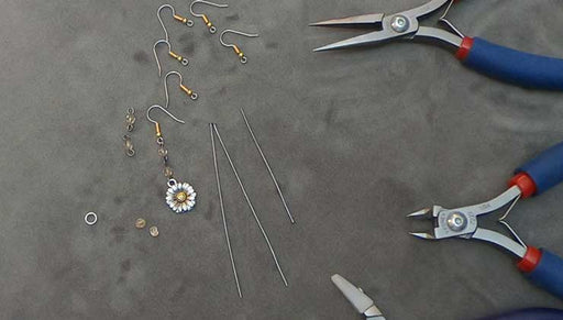 Quick & Easy DIY Jewelry: How to Make the Happy Daisy Earrings