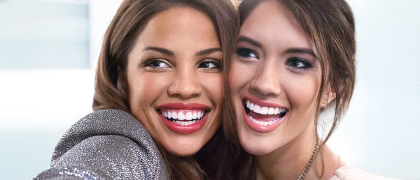 Tips and Tricks to Accentuate your Bright White Smile