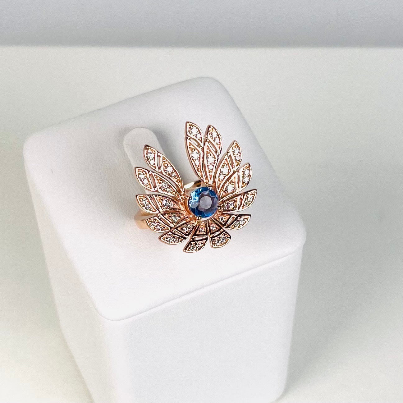 TRIBE SPECIAL PEACH MOONSTONE DRAGONFLY PENDANT