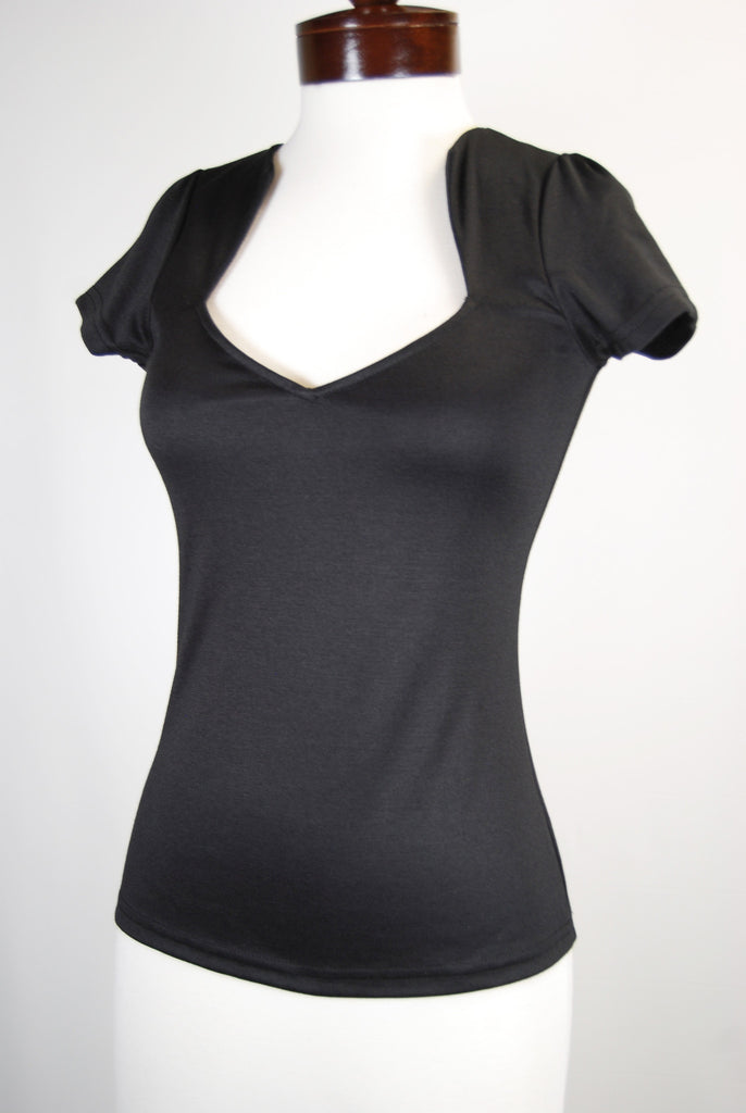 The Heartshaped Blouse - Black