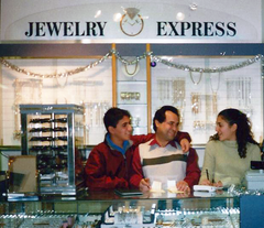 Mohammad and Family at Jewelry Express