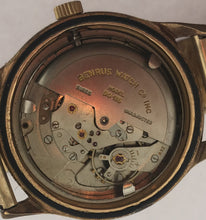 Load image into Gallery viewer, Mens Vintage Benrus Self Winding Watch 25 Jewels