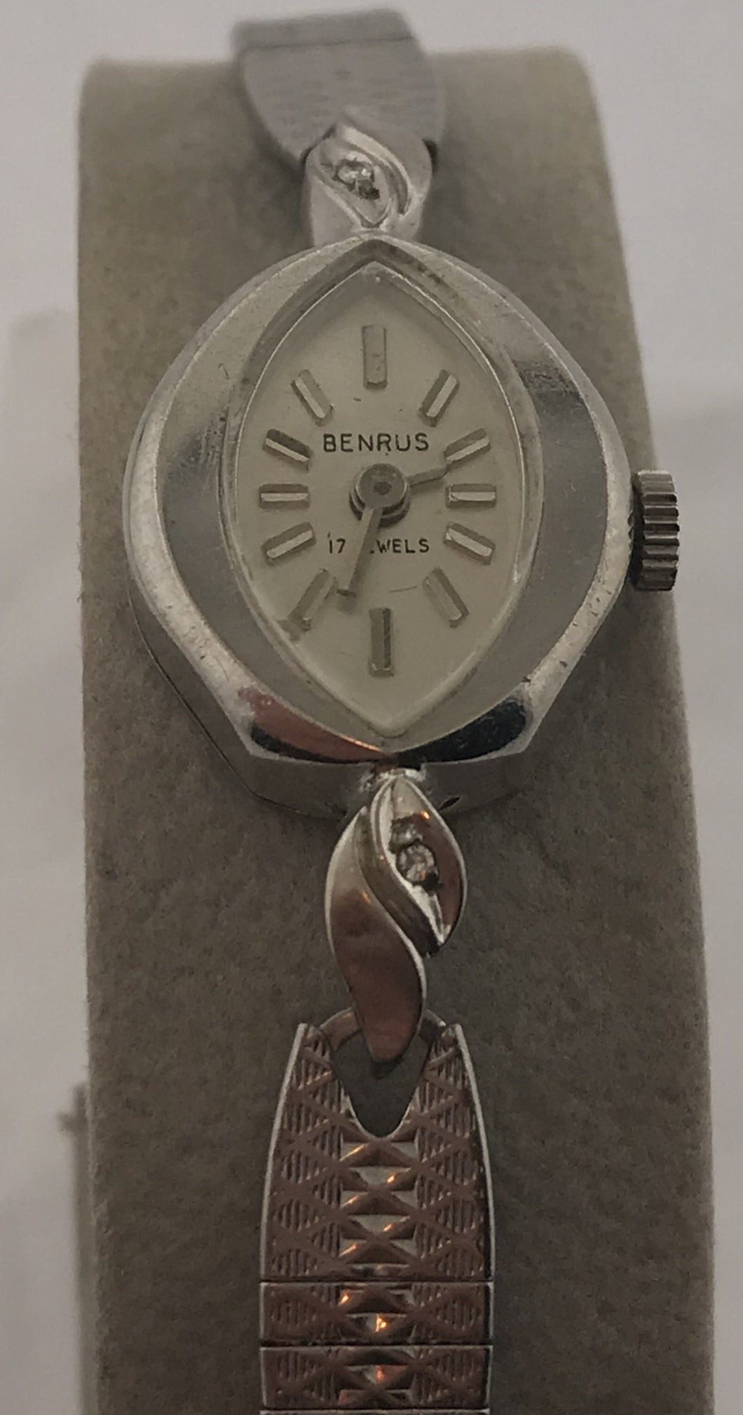 Ladies Vintage Benrus Watch 17 Jewels