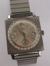 Load image into Gallery viewer, Men's Vintage Bulova 10K/GF Squared Watch
