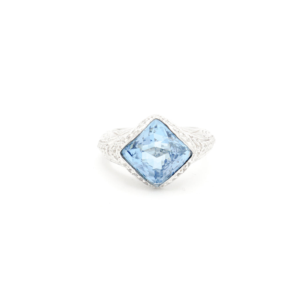 Blue Topaz and Diamond Ladies Ring, 18 Karat White Gold