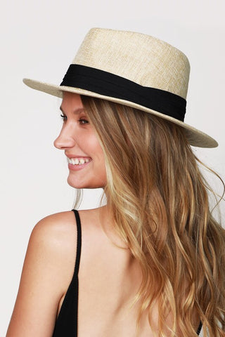 Dandy & Chic Fedora - Farminista
