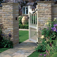 Stonemarket Vintage Stone Natural Paving - 'Manor'