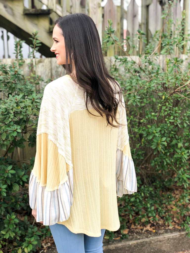Ruffle Printed Sleeve Poncho Top: Lemon