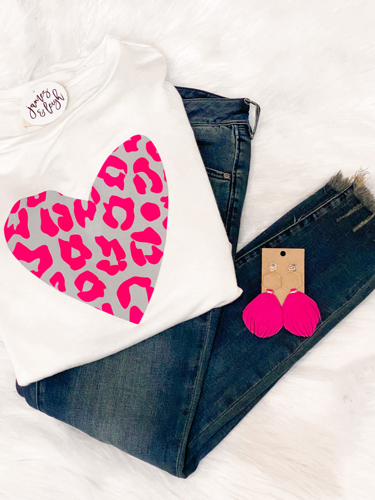 VALENTINE'S DEAL: Leopard Heart Graphic Sweatshirt