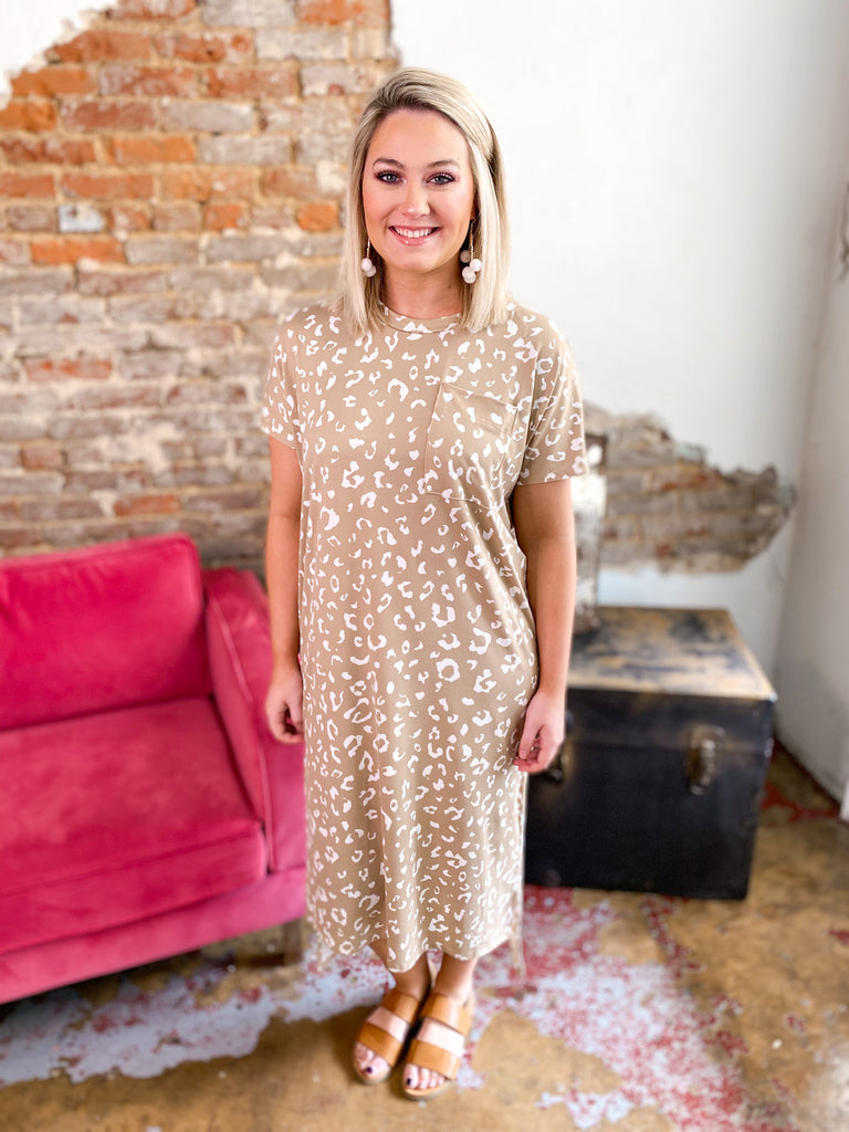 Leopard Tshirt Midi Dress