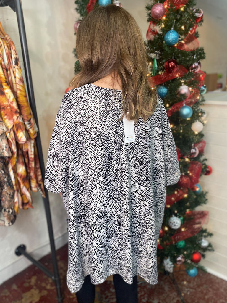 Peace Love Cake Karrah Tunic: Smokey Animal
