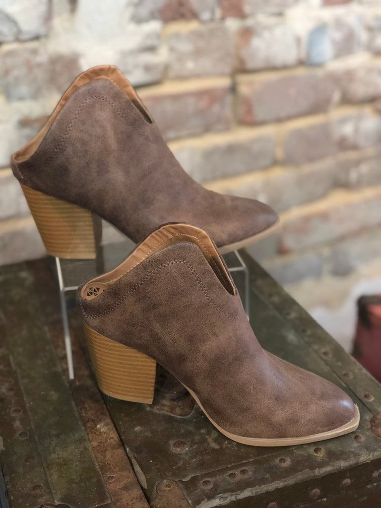 Prenton Backless Bootie: Cognac