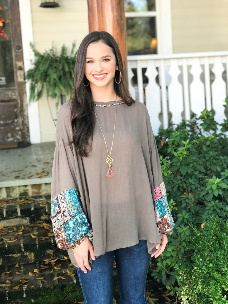 Print Sleeve Top: Mocha