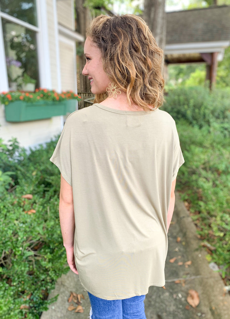 Peace Love Cake Beaux Tee: Olive