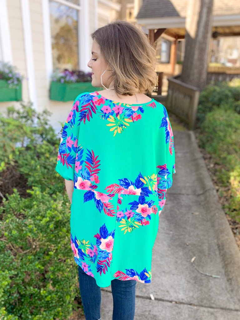 Peace Love Cake Codi Top: Teal Floral