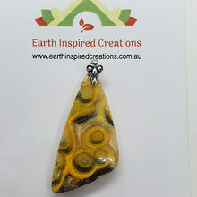 Load image into Gallery viewer, handmade pendant